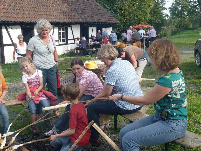 Generationsübergreifend Gemeinschaft erleben - zusammen feiern!