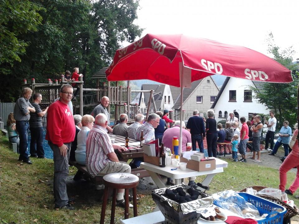 Volles Haus bei Wetterglück – SPD Spielplatzfest