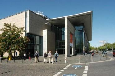 """Gemeinsame Tagesfahrt mit der AWO zum """"Haus der Geschichte"""" nach Bonn"""