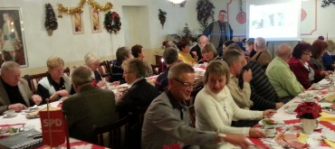 SPD Adventskaffee – Petra Crone berichtet über den Koalisionsvertrag bei vollem Haus