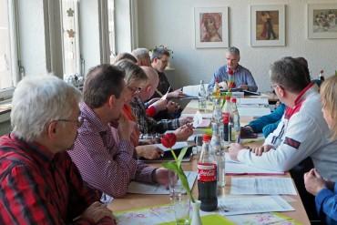 Fraktionssitzung diesmal im Bürgerzentrum – seit nun mehr 5 Jahren führt Michael Brosch die SPD-Fraktion in Halver