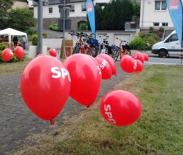 """SPD Stand beim """"Autofreien Volmetal"""" mit unserem Bürgermeisterkandidaten"""