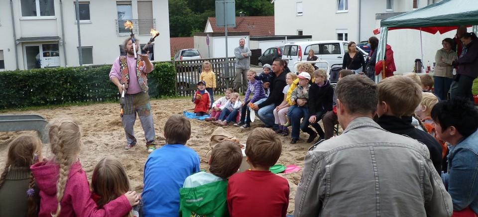 """Wer besucht uns beim Spielplatzfest """"Heedheide"""" in Oberbrügge ?"""