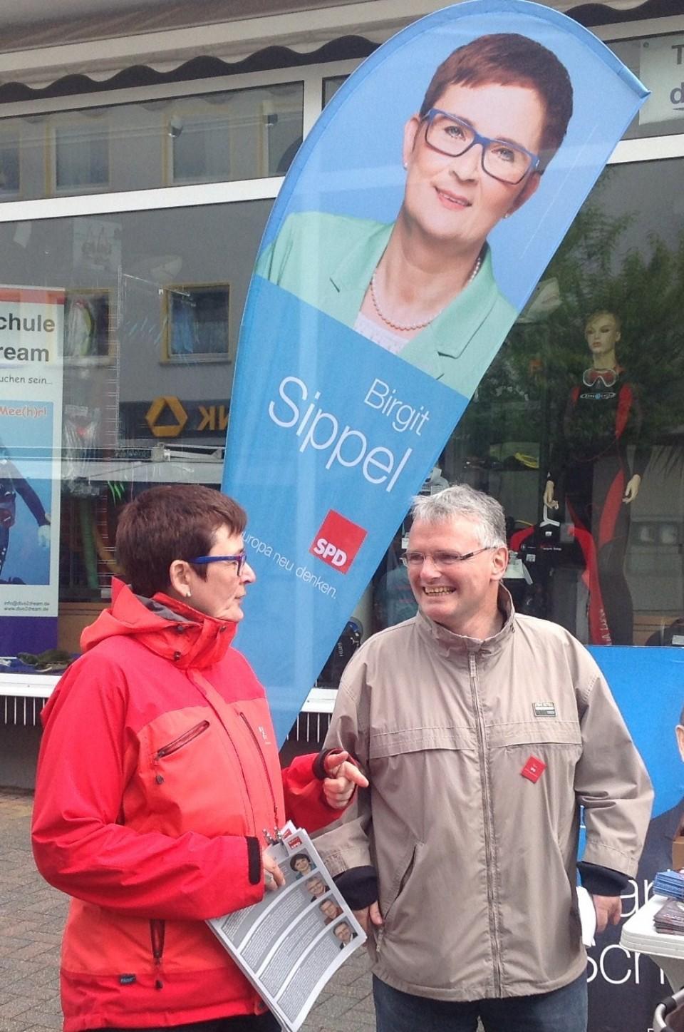 """""""Menschen auf der Flucht – eine europäische Aufgabe"""" Adventskaffee mit Birgit Sippel"""